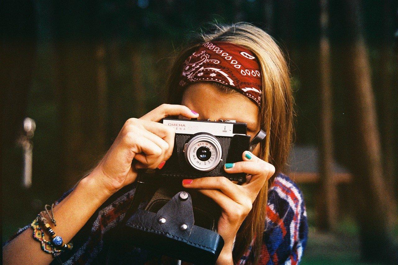 【なぜ?】写真を撮られるのが嫌いな人・カメラを嫌がる人の心理について解説します
